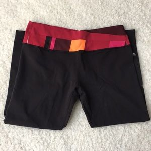 Lululemon Wunder Under Groove Crop